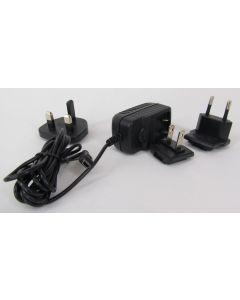 AC Universal USB charger w/3 std adaptors